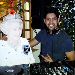 DJ-SR-Queen-Junkyard-Golf-club-London-NYE
