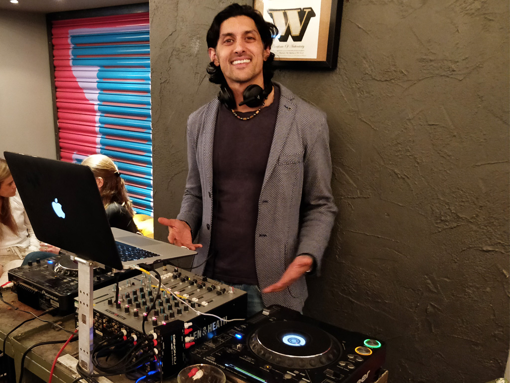 DJ SR At Graphic Bar Soho 2019